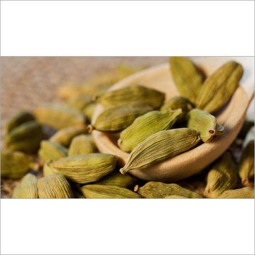 Seasoning Cardamom