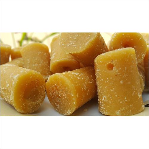 Fresh Jaggery Cube Ingredients: Sugar Can