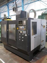 BRIDGEPORT VMC 500 VERTICAL MACHINING CENTER