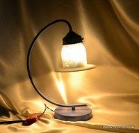 ANTIQUE SHAPE GLASS TABLE LAMP