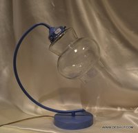ANTIQUE LOOK GLASS TABLE LAMP