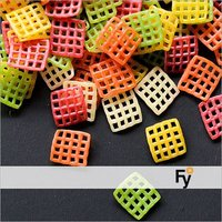 Grid Jali Multi Color Snack Pellets