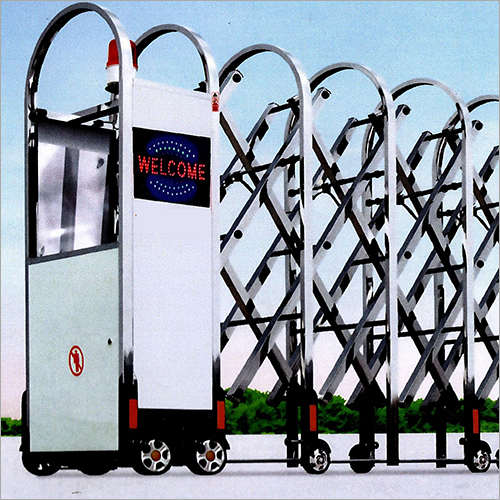Motorised Retractable Gate