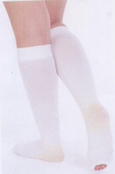 Evacure Calf High Anti Embolism Stockings