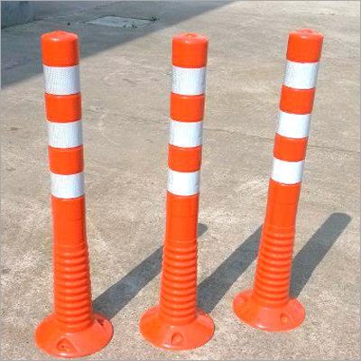 Traffic Pole Delineator