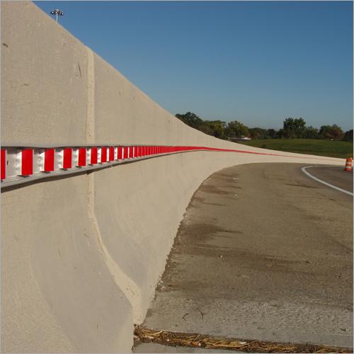 Linear Delineation Strips