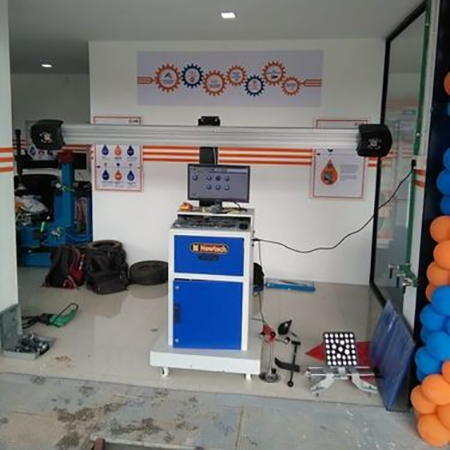 Computerized Wheel Alignment Machine