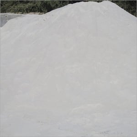 Bentonite white wash silica sand