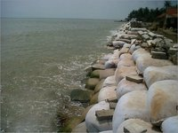 Geobags for Flood Protection