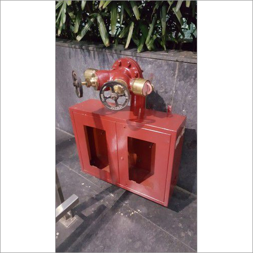 Double Headed Hydrant  Valve With Hose Box fittings