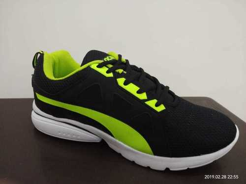 Light Weight Athletic Shoes