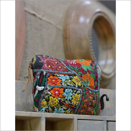 VINTAGE BARMERI FABRIC SMALL POUCH