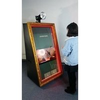 LCD Panel Digital Magic Mirror Photo Booth with Props