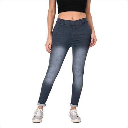 Ladies branded denim jeans