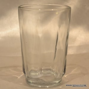 CLEAR GLASS WATER TUMBLER