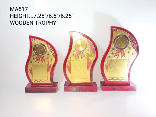 S shape trophy