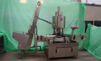 Fully Automatic Four Head Screw Capper Machine with Cap Elevator
