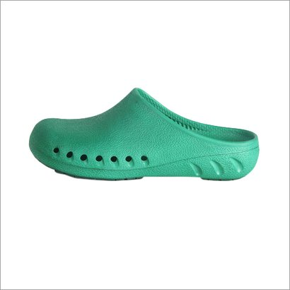 Surgical Shoes Waterproof: Yes