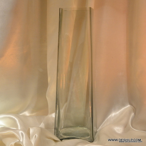 SQUIRE AND LONG GLASS FLOWER VASE WITH CLEAR FINISH