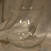 CLEAR GLASS ANTIQUE FLOWER VASE