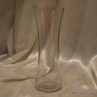 CLEAR FINISH GLASS FLOWER VASE