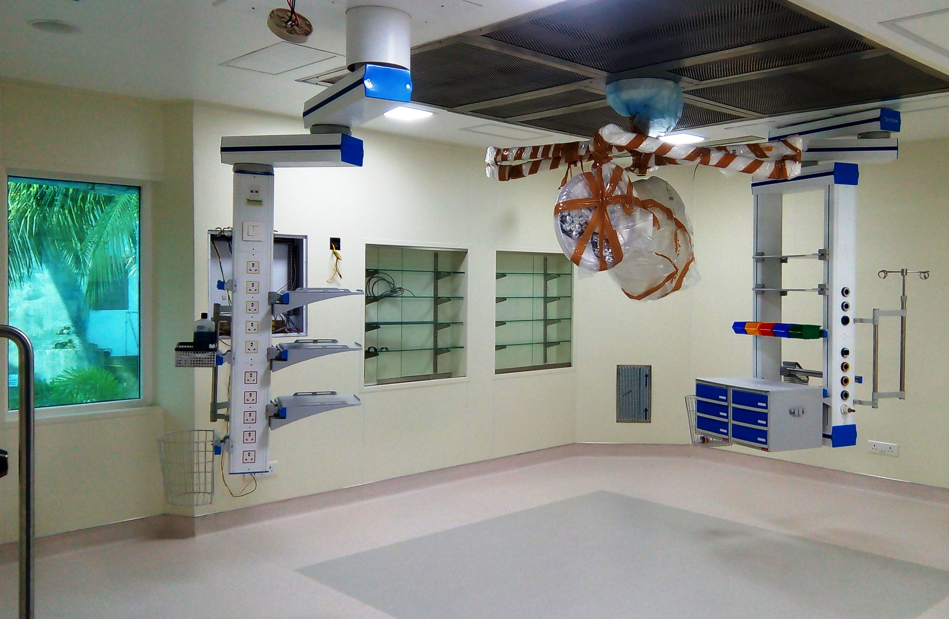 Surgeon Pendant