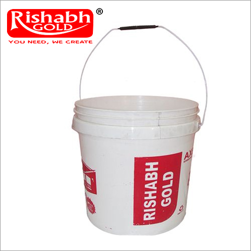 Plastic fertiliser bucket