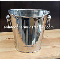 Modern wine bucket