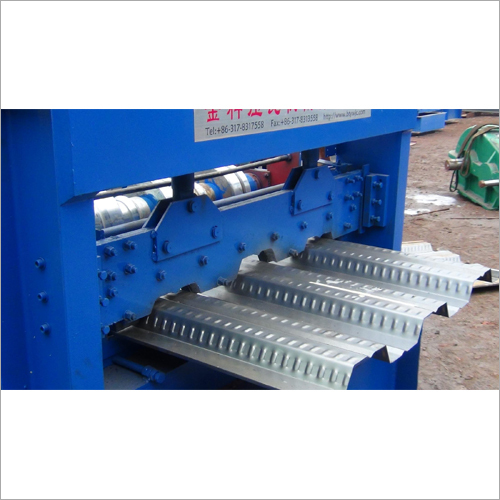 Floor Deck Roll Formiing Machine
