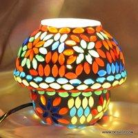 ANTIQUE EFFECT MOSAIC TABLE LAMP