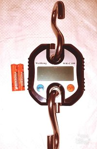 DIGITAL HANGING SCALE Cap. 100kg.