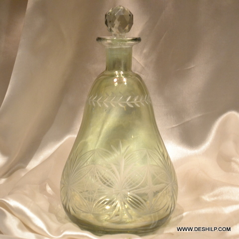Antique-Style Glass Decanter With Stopper