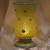 Yellow Mosaic Table Lamp With Antique Shape