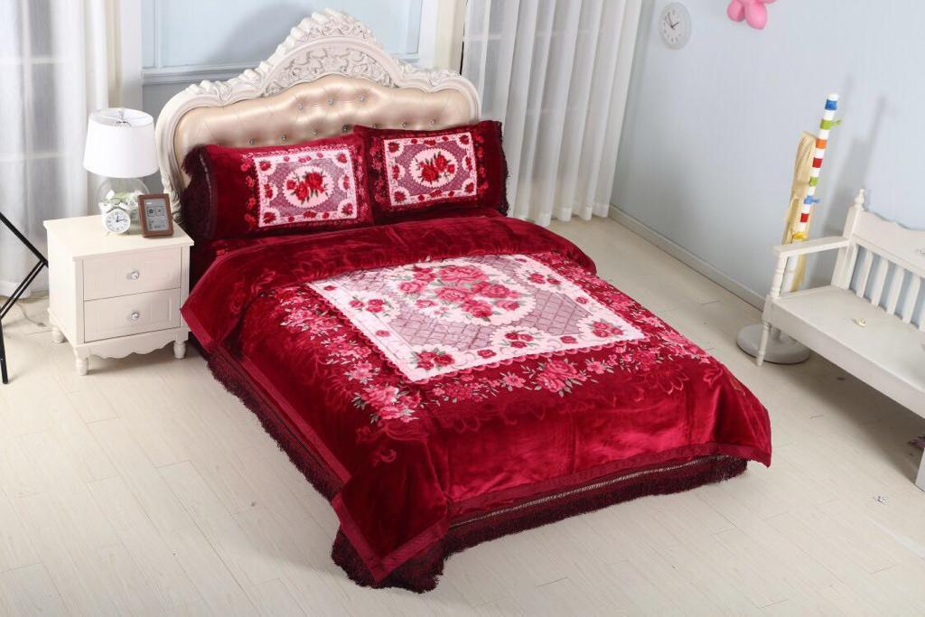 4 Piece Set Mink blankets