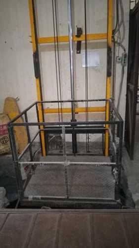 Hydraulic Goods Lifts