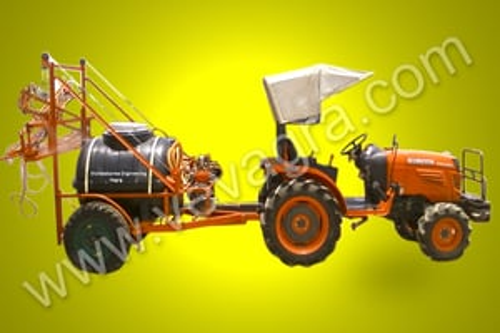 Tractor drawn sprayer pump