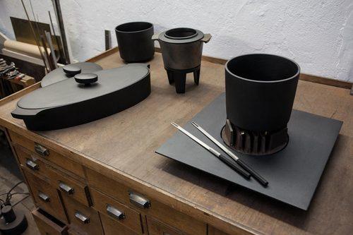 Iron Table Pot