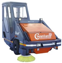Automated Industrial Sweeping Machine