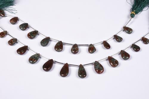 Grass Garnet Pears Beads