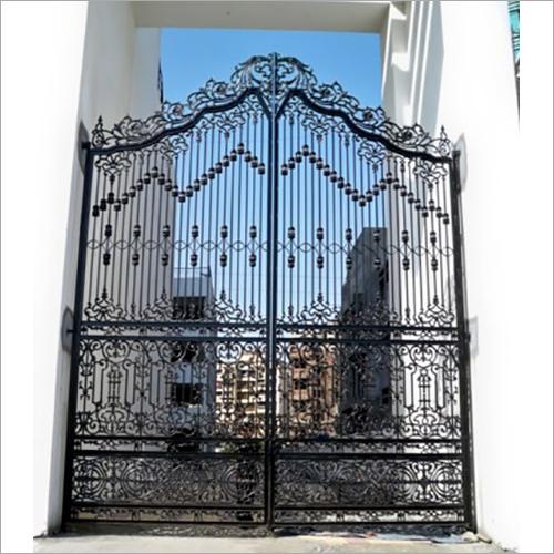 Royal Gate 20x25 Feet