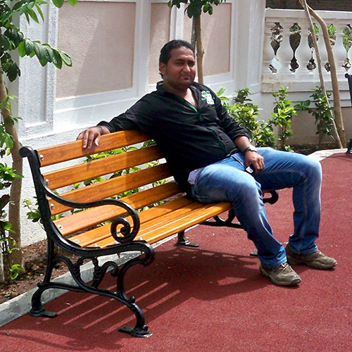 Rani Bench- Sitting Gentleman
