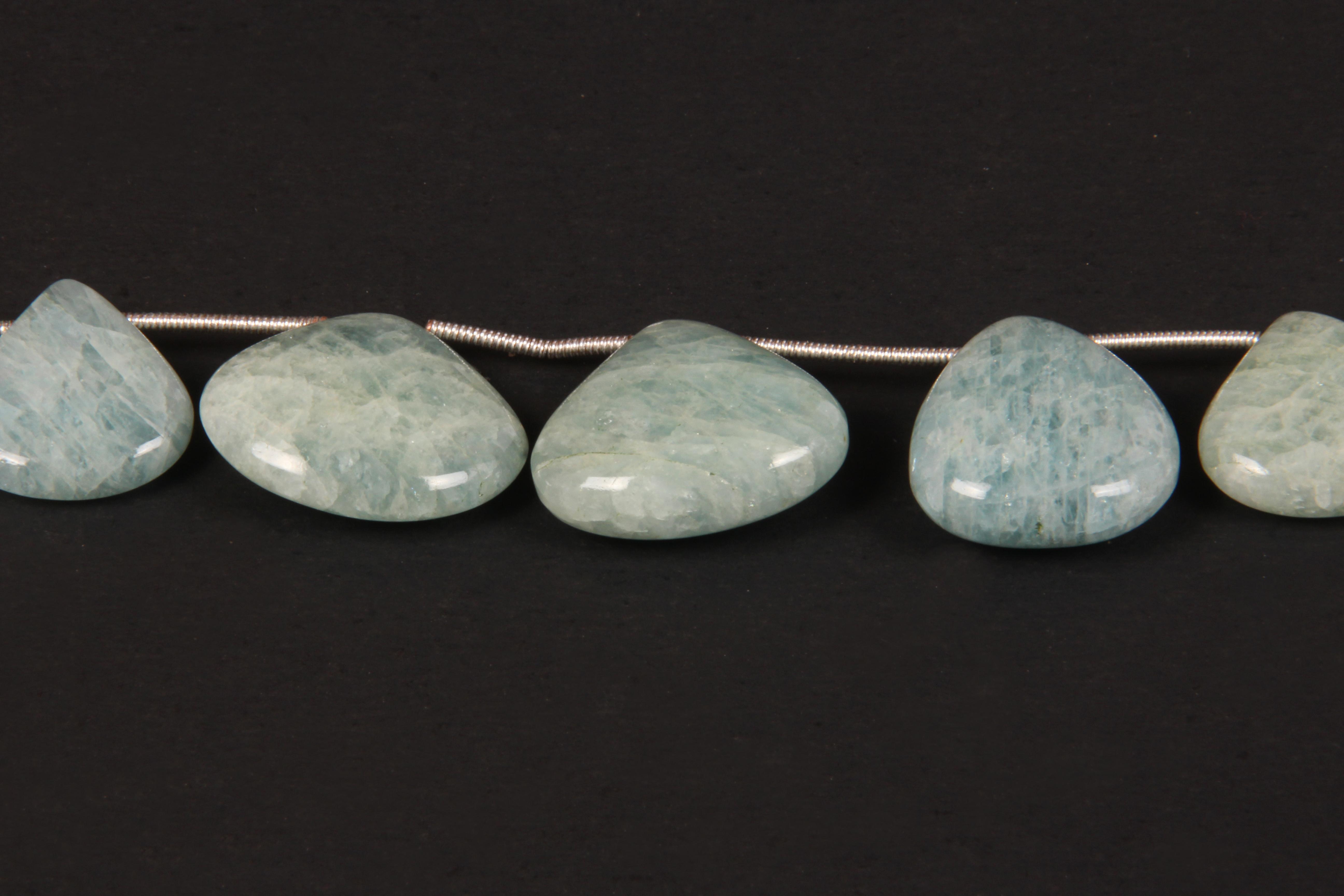 Moss Aquamarine Heart Beads