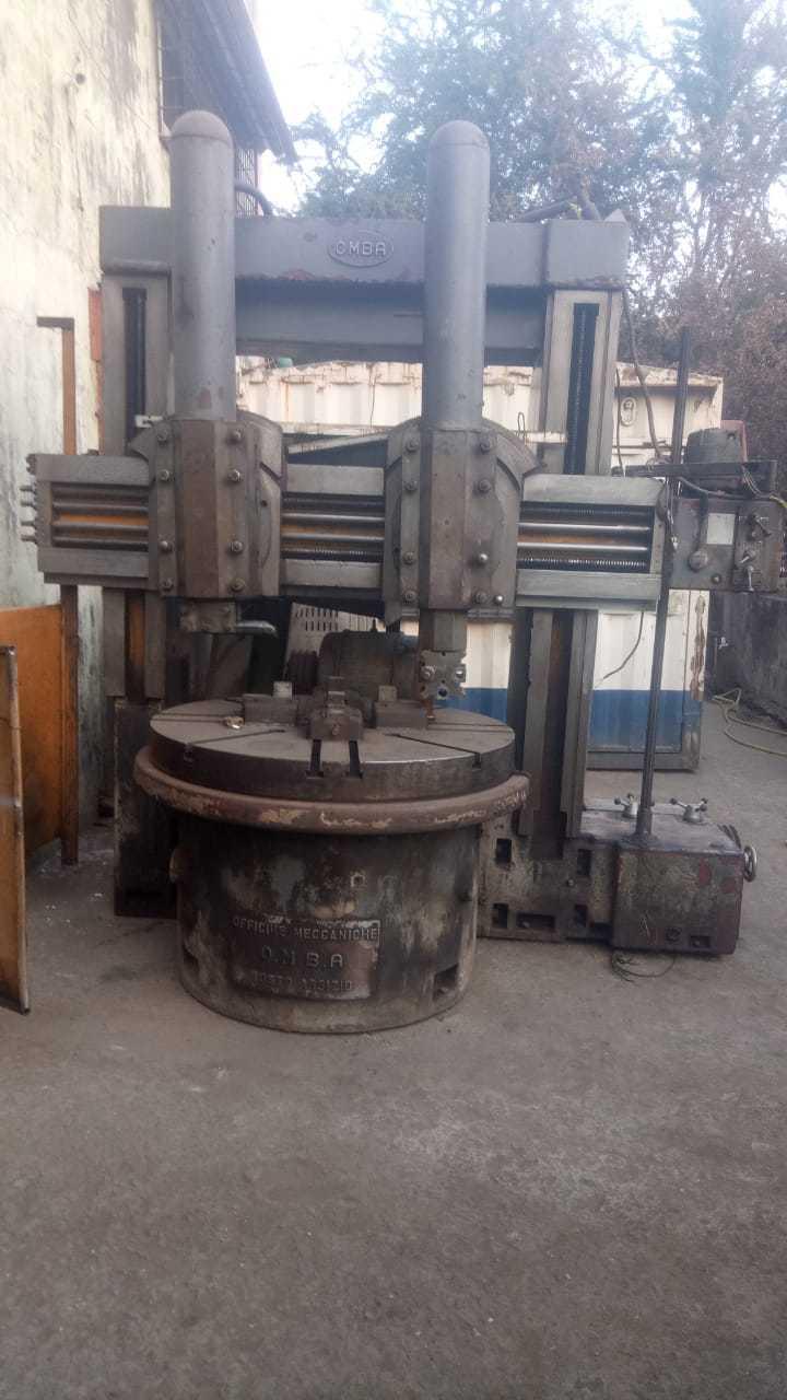 Vertical Turret Lathe Machine
