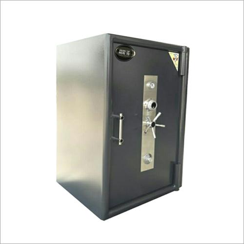 Single Door Safe Locker