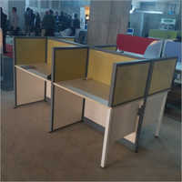 4 Person Office Workstation