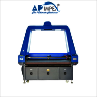 Fabric laser cutting machine with camera scanning system
