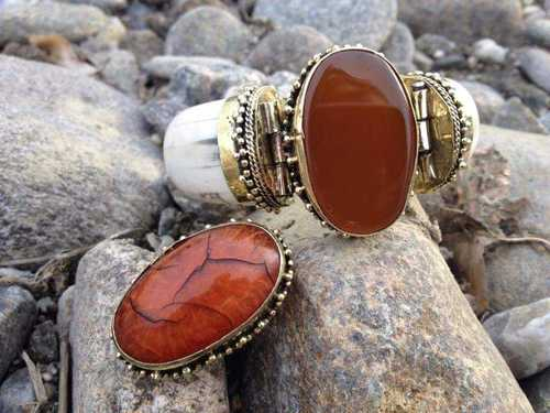 Fashionable Cufflink Bracelet