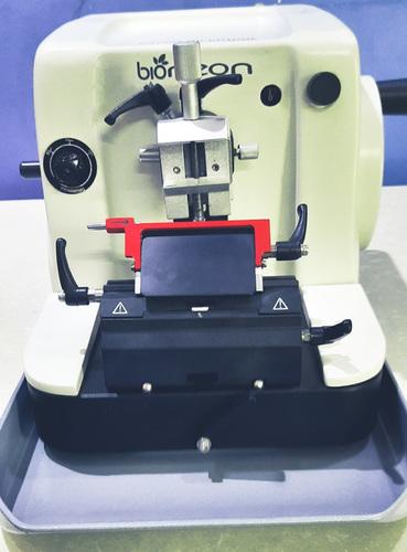 Rotary Microtome Machine