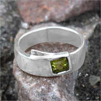 Womens Sterling Silver Peridot Ring