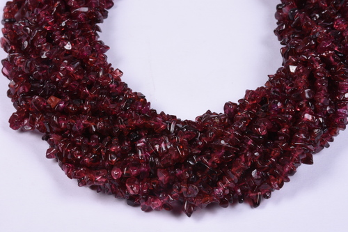 Garnet Uncut Chip Beads